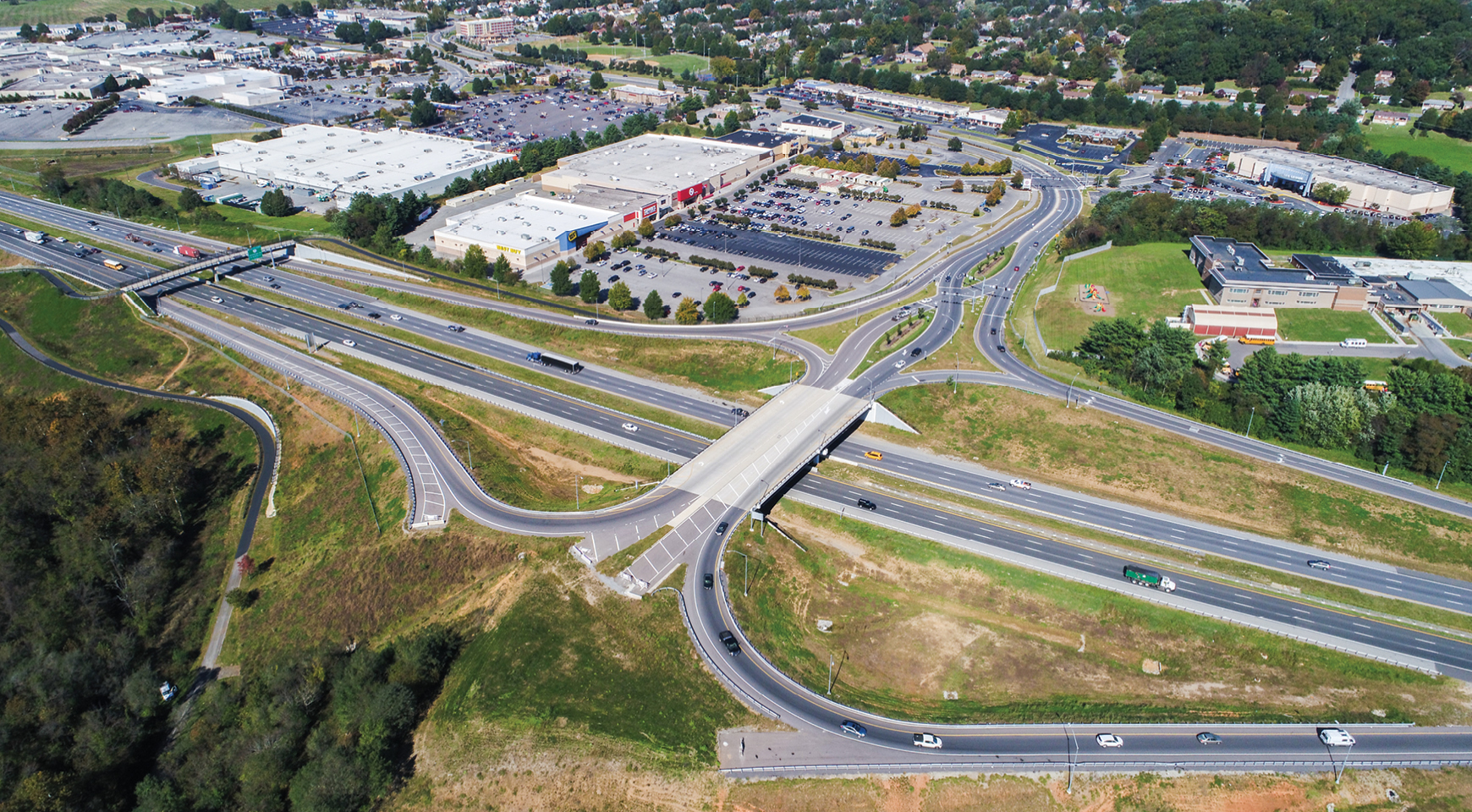 I-581 Valley View Boulevard Interchange. Photo © Jeffrey French.